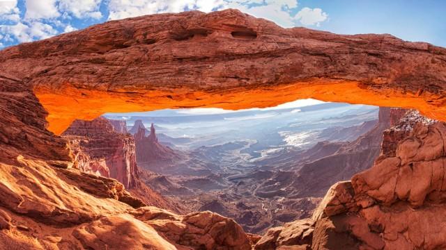 Mesa-Arch-Canyonlands-National-Park-Wallpaper